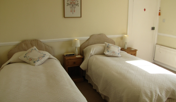 Twin Room at Cashmoor House B&B